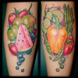 veja o significado de fazer tatuagens de frutas