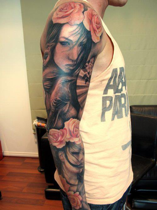 Tatuagem para homens no braço com segurança