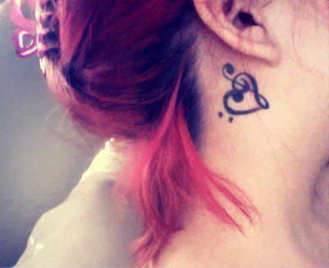 Resultado de imagem para Tatuagem no Pescoço