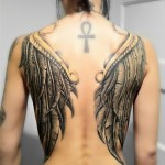 tatuagem de cruz ansata
