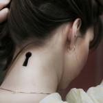 tatuagens femininas na nuca