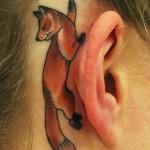 tatuagens femininas na orelha