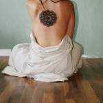 fotos de tatuagens femininas nas costas